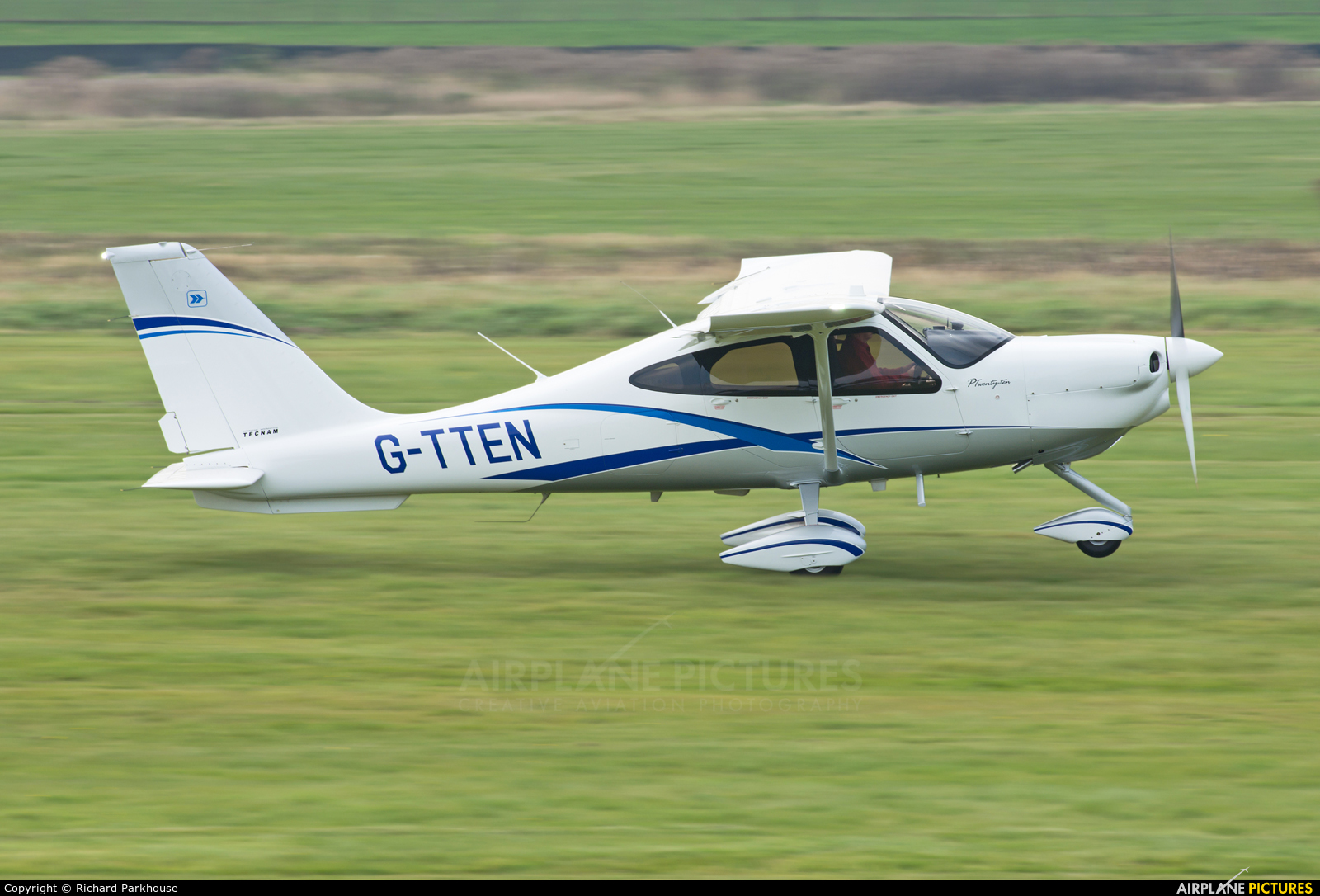 Private G-TTEN aircraft at Chichister / Goodwood