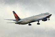 N825MH - Delta Air Lines Boeing 767-400ER aircraft