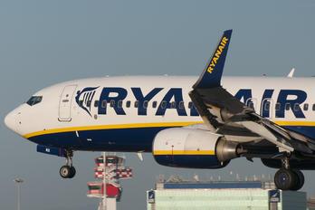EI-ENX - Ryanair Boeing 737-800