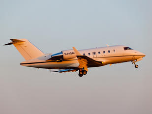 N445BH - Private Bombardier Challenger 605