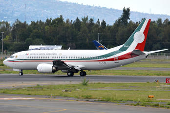 XC-LJG - Mexico - Air Force Boeing 737-300