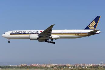 9V-SWR - Singapore Airlines Boeing 777-300ER
