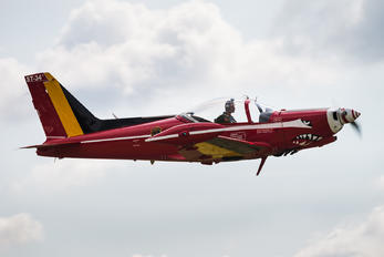 "ST-34 - Belgium - Air Force ""Les Diables Rouges"" SIAI-Marchetti SF-260"