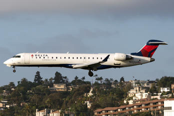 N603QX - Delta Connection Canadair CL-600 CRJ-700