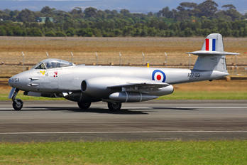 VH-MBX - Private Gloster Meteor F.8