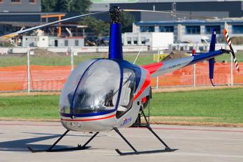 I-B574 - Private Robinson R22