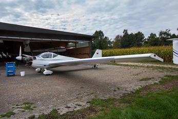 D-KERB - Private Scheibe-Flugzeugbau SF-25 Falke