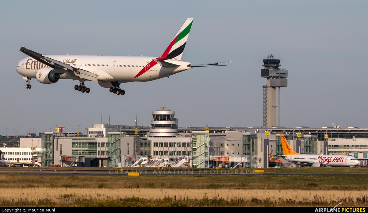 Emirates Airlines A6-EGD aircraft at Düsseldorf