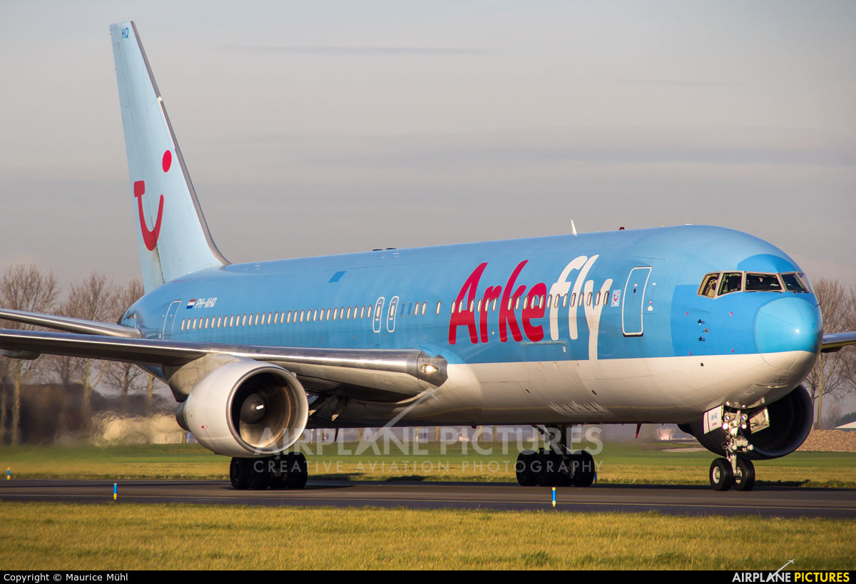 Arke/Arkefly PH-AHQ aircraft at Amsterdam - Schiphol