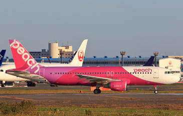 JA807P - Peach Aviation Airbus A320