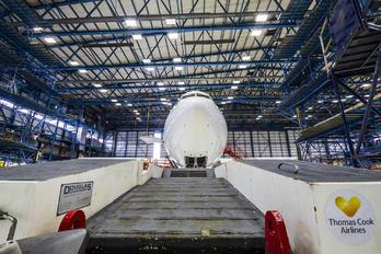 G TCXB - Thomas Cook Airbus A330-300