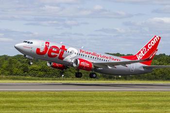 G CELV - Jet2 Boeing 737-300