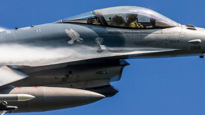 90-0818 - USA - Air Force General Dynamics F-16C Fighting Falcon
