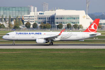 TC-JSZ - Turkish Airlines Airbus A321