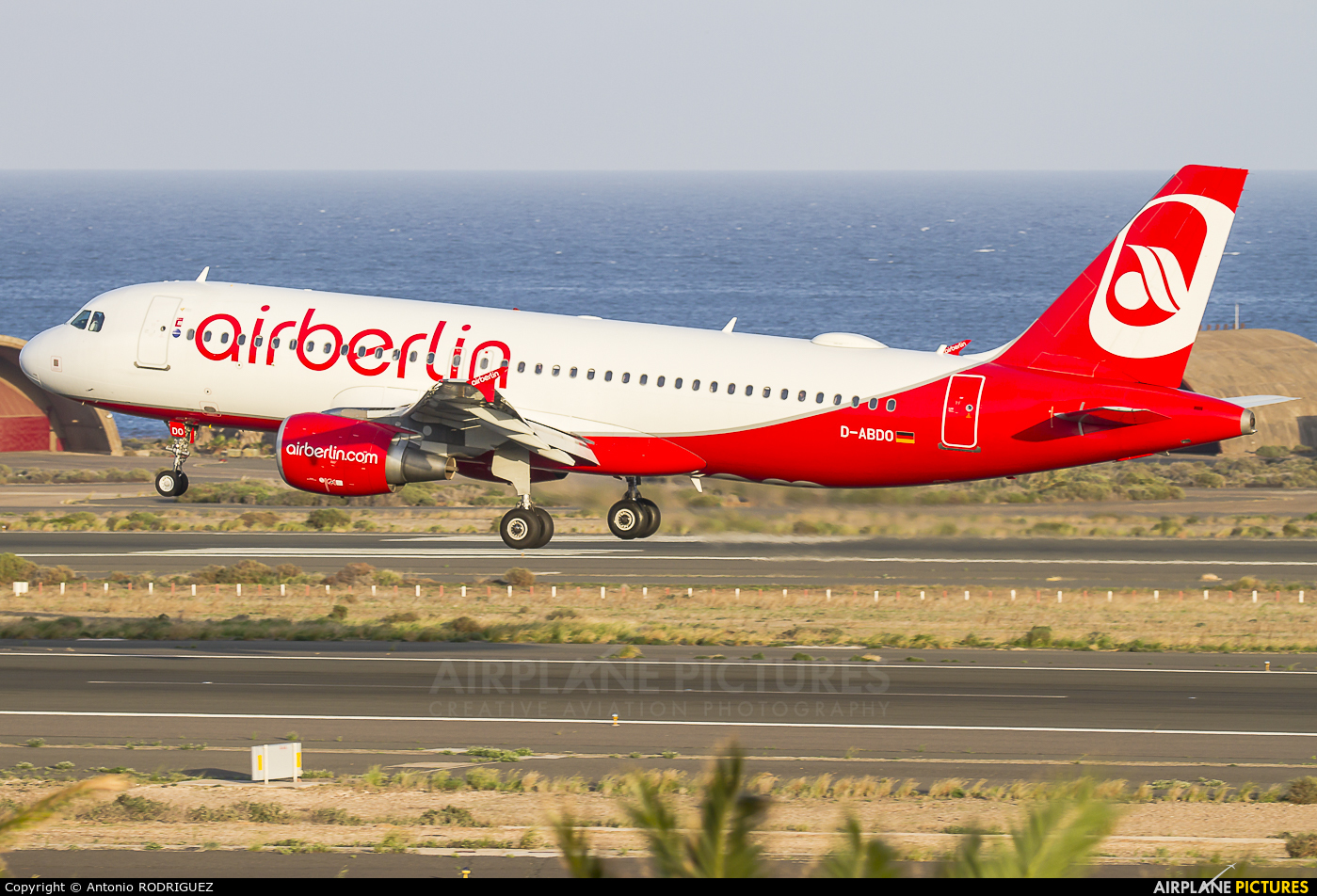 Air Berlin D-ABDO aircraft at Las Palmas de Gran Canaria