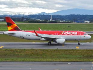 PR-ONW - Avianca Brasil Airbus A320