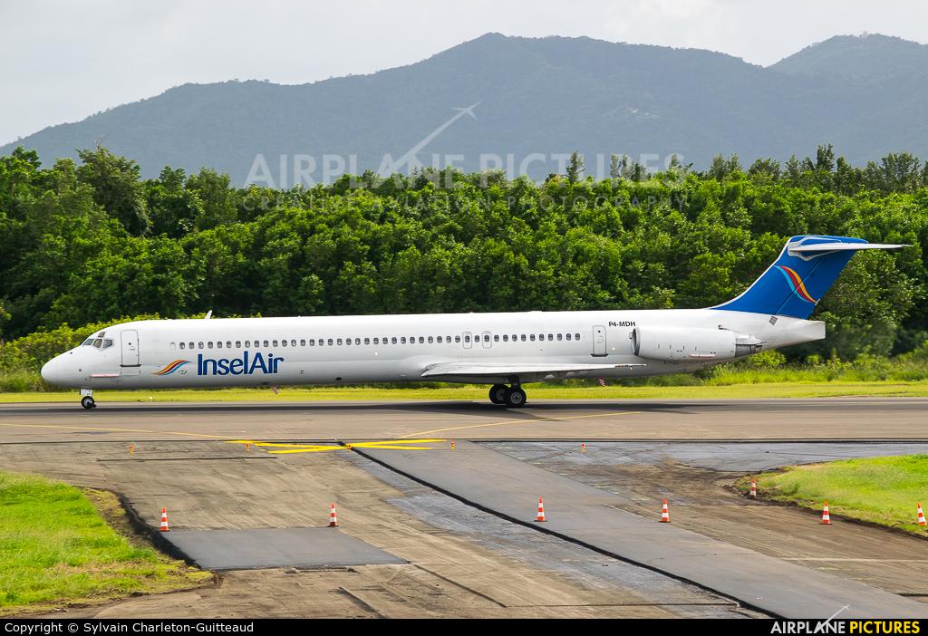 Insel Air P4-MDH aircraft at Martinique - Aimé Césaire
