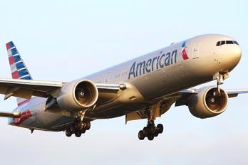 N726AN - American Airlines Boeing 777-300ER