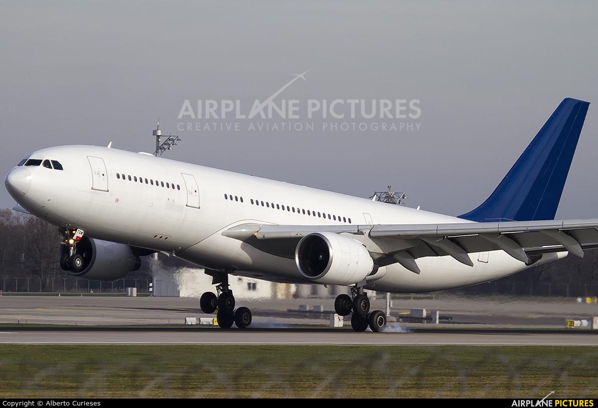 Hi Fly CS-TQW aircraft at Munich