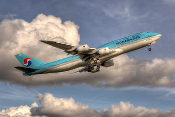 HL7633 - Korean Air Boeing 747-8