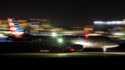 N200NN - American Eagle Embraer ERJ-175 (170-200)