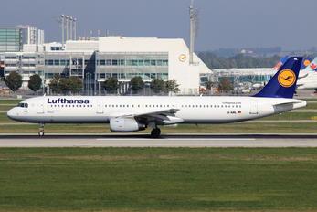 D-AIRL - Lufthansa Airbus A321