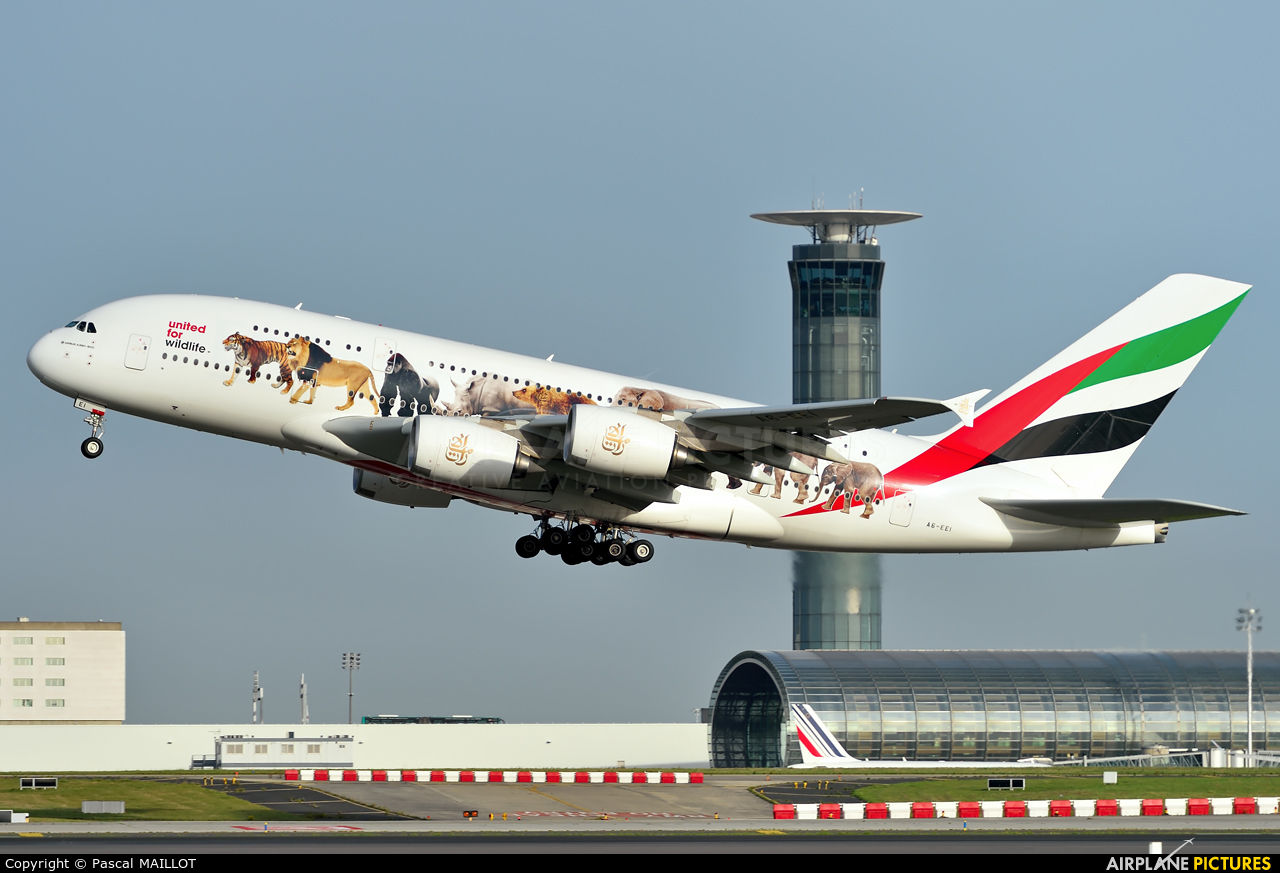 Emirates Airlines A6-EEI aircraft at Paris - Charles de Gaulle