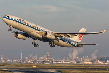 B-6512 - Air China Airbus A330-300