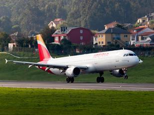 EC-JDR - Iberia Airbus A321