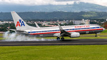 N979AN - American Airlines Boeing 737-800 aircraft