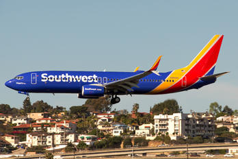 N8642E - Southwest Airlines Boeing 737-800