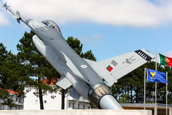 15150 - Portugal - Air Force General Dynamics F-16A Fighting Falcon