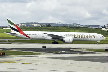 A6-EGW - Emirates Airlines Boeing 777-300ER