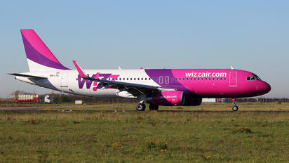 HA-LYL - Wizz Air Airbus A320