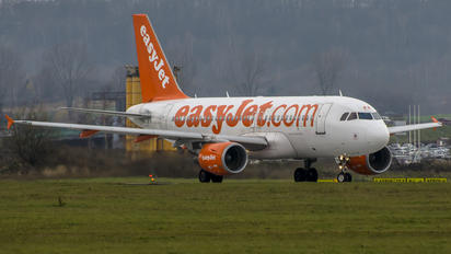 G-EZWF - easyJet Airbus A320