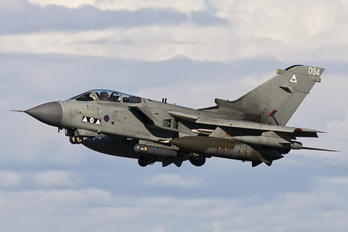 ZD746 - Royal Air Force Panavia Tornado GR.4 / 4A