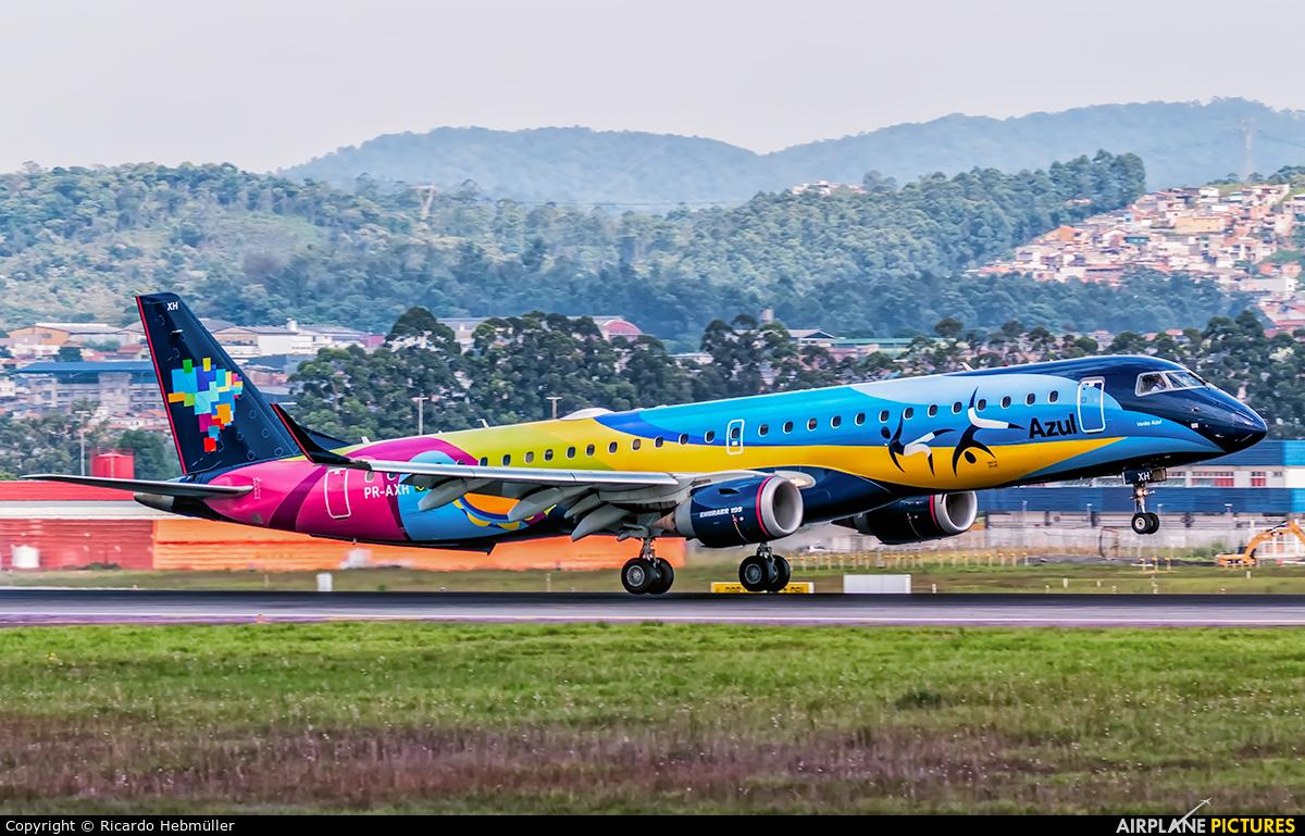 Azul Linhas Aéreas PR-AXH aircraft at São Paulo - Guarulhos