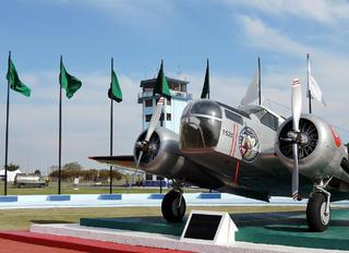 1525 - Mexico - Air Force Beechcraft AT-11 Kansan