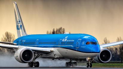 PH-BHC - KLM Boeing 787-9 Dreamliner