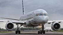 N206UW - American Airlines Boeing 757-200 aircraft