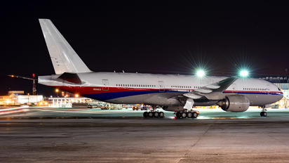 N284CG - Malaysia Airlines Boeing 777-200ER