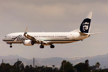 N469AS - Alaska Airlines Boeing 737-900