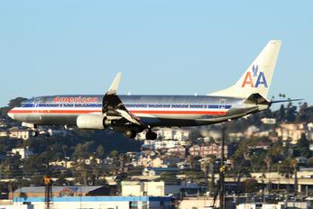 N859NN - American Airlines Boeing 737-800