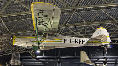 PH-NFH - Private Auster 5J1 Autocrat