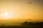 - - easyJet Airbus A319 aircraft