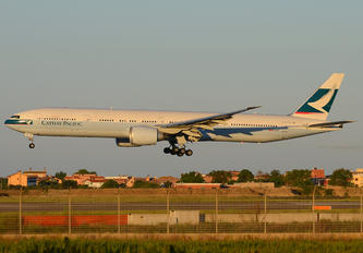 B-KQP - Cathay Pacific Boeing 777-300ER