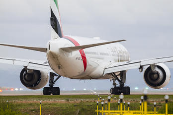 A6 EGX - Emirates Airlines Boeing 777-300ER