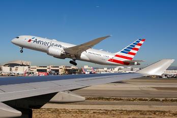 N804AN - American Airlines Boeing 787-8 Dreamliner