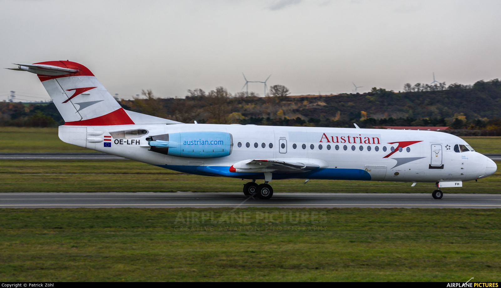 Austrian Airlines/Arrows/Tyrolean OE-LFH aircraft at Vienna - Schwechat