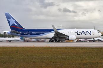 CC-CWN - LAN Airlines Boeing 767-300ER